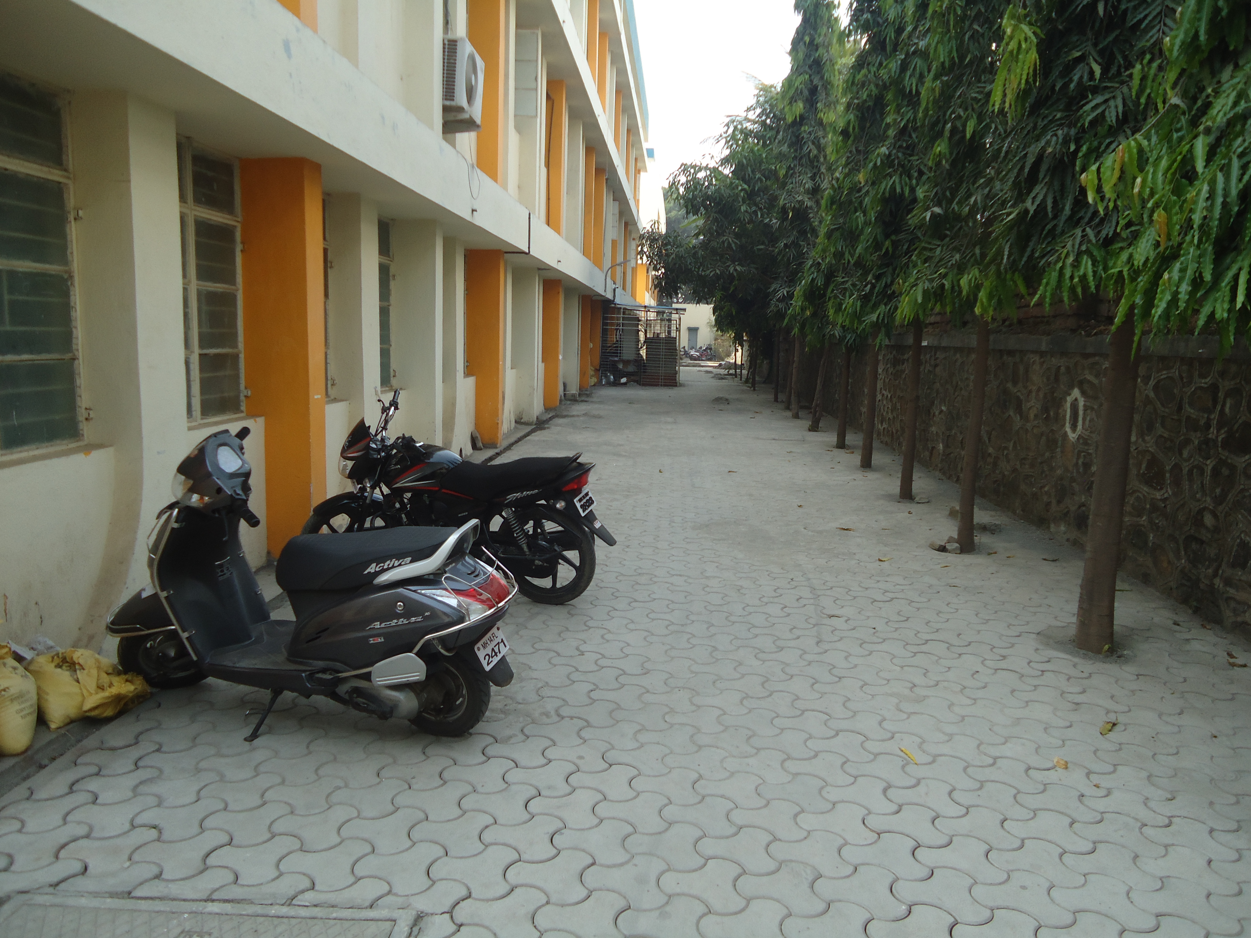 Parking at Pimpri Chinchwad Polytechnic college