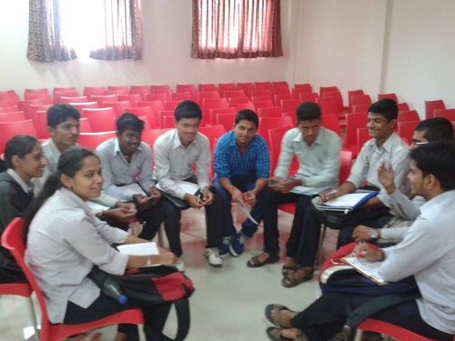 pimpri chinchwad diploma engg college are arranged Expert Lectures regularly.